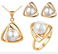 Wholesale 4pcs Luxury pearl jewelry sets Fashion earrings ring necklace sets Rhinestone gemstone rings Hot selling Christmas gift