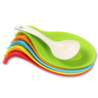 Wholesale Fashion color resistant pliable silicone placemat mat spoon holder Tableware anti slip mat pad Kitchen Necessary