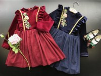 Wholesale Winter Fashion Children Girls Corduroy Flowers Gold Border Long Sleeve Warm Dresses Princess Vintage Navy Red Thicken Dress B4432