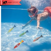 Wholesale HNM SPORT Rubber Swimming Pool Toys Diving Sport Outdoor Pool Throwing Toypedo Bandits Play Water Fun Gifts