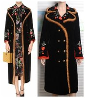 al por mayor visón mosaico-2017 nuevo diseño de las mujeres europeas fashiln bordado de lujo flor visón patchwork de piel de algodón acolchado caliente terciopelo maxi largo trinchera
