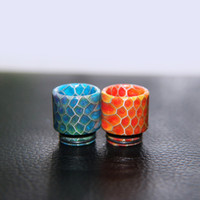 Wholesale High quality newest connection honeycomb resin drip tips short wide bore mouthpiece for Smoke tfv8 atomizer tank TFV8 drip tips for RDA