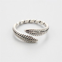 Wholesale 2017 New Women Sterling Silver Feather Rings Flowers For Women Party Vintage Rings Jewelry