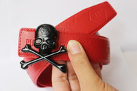 al por mayor diseño de lujo del cráneo-Cinturón caliente del cráneo P Cinturón de la alta calidad del color rojo ceinturio del cuero del diseñador del pretina del cuero genuino Cinturones del lujo para mujer para hombre