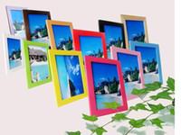 achat en gros de cadres photographiques-8.9 * 12.7cm Gros accroche un mur pour poser le cadre en bois massif Cadre photographique de 5