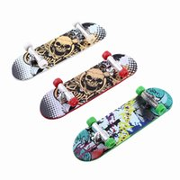 Wholesale High Quality Plastic Cute Party Favor Kids children Mini Finger Board Fingerboard Skate Boarding Toys
