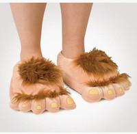 Розовые ноги Цены-Пушистые приключения Теплые тапочки Модные большие волосатые унисекс Savage Monster Хоббит ноги Плюшевые домашние тапочки Мех зимние тапочки