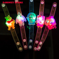 achat en gros de dessins animés pour les jouets-Light Up Toys Colorful Cartoon-Watch Doraemon Hello Kitty Movie Led Toys Nouveauté Cute Luminous Glowing Christmas Gift enfants nouveauté jouets