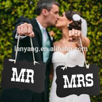 Wholesale set quot Mr Mrs quot Letter Garland Banner Photo Booth Wedding party Photography Props