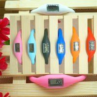 Vente en gros Mode Silicone caoutchouc montre avec négatif Ion Mouvement Quartz Montre Étudiants Enfants Utilisez unique montre-bracelet