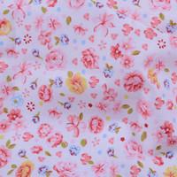 al por mayor blanca tela que acolcha-Shabby Chic White con flores pequeñas de color rosa Impreso 100% tela de sarga de algodón para cama de los niños Floral Quilting Cloth