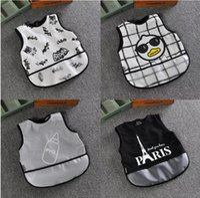 Wholesale Baby Cartoon Bib Feeding Bandana Baby Toddler Easy Wipe apron r Batman feeding Bibs Apron Infants Bib design LJJK654