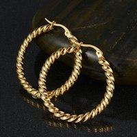 Los pendientes al por mayor del aro del acero inoxidable del estilo 316L accionan los pendientes del lazo de Cirle para el regalo del partido de las mujeres