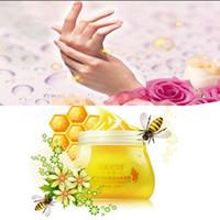 Wholesale Honey Whitening Moisturizing Hand Cream Hand Mask Hand Wax Foot Wax Wrinkle Removal Paraffin Bath Skin Care Beauty ml