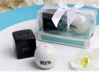 Wholesale Cube Cylinder Ceramic Mr Mrs Salt and Pepper Shakers White Black Shaker Kitchen Tools Party Favors Wedding Favor Gift sets set
