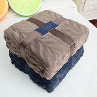 achat en gros de reine couverture douce-Queen Size Plaid Solid Color sofa / literie Throws Flannel Blanket 200 * 230cm Winter Warm Bedsheet Qualité de la marque Super Soft