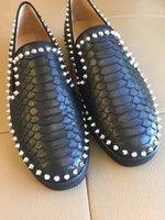 Hommes d'été Mocassins Noir Spikes Cloutés Rivets Hommes Chaussures de ville Bonne Qualité Rouge Sole Chaussures Hommes Femmes 36-45
