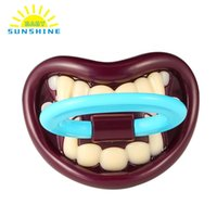 Wholesale Fashion Funny Dummy Dummies Pacifier Novelty Teeth Vampire Babys Child Soother Nipples Kids Gift Safe Pacifier Feeding Products