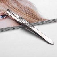 Wholesale Hot Selling Silver Tone Slanted Flat Tip Metal Hair Eyebrow Tweezer Cosmetic Tool for Women girl Lady Hot