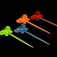 Wholesale 200pcs Outdoor Disposable Fruit Fork Butterfly Fruit Fork Fast