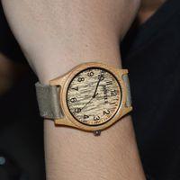 al por mayor cajas de madera relojes-BEWELL Hombre Relojes de madera de bambú Reloj de pulsera de regalo Relojes de deporte al aire libre Reloj con banda de lona Relogio con luminoso Caja de regalo 124