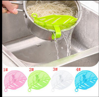 Wholesale Clean Leaf Shape Rice Strainer Plastic Kitchen Tools Rice Beans Strainer Sifters Wash Gadget Tools Kitchen Clips Tools color KKA1166
