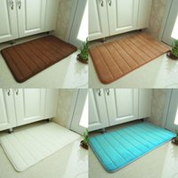 Wholesale hot sale New Foldable Coral Velvet Bath Mat Absorbent Slip resistant Pad Bathroom Mats