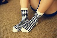 Wholesale new arrival Women Cotton Spandex Casual Cotton stretchy Socks lady cute Houndstooth one size fahsion high quality