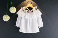 Wholesale New Girls Shirt Embroidery Flower Ruffle Braces Tops Kids Boutique Clothing Korean High Quality Little Girls Off Shoulder Shirts Style