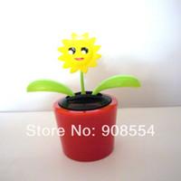Wholesale Per Magic Cute Flowers Gently Flip Flap Car Decoration Happy Dancing Novelty Solar Powered Toys
