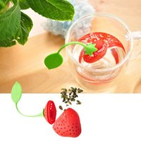 Wholesale New Silicone Cute Red Strawberry with leaf Silicone Strawberry Tea Infuser Loose Leaf Tea Strainer Herbal Spice Infuser Filter Tools