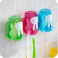 Wholesale Home bathroom accessoriesset Toothbrush holder with suction cup colorful cartoon rabbit pattern Couples toothbrush rack pink