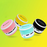 Wholesale 8050 Hot Style Mini Desktop Vacuum cleaner Dust Collector Laptop Notebook Computer keyboard Clean Brushes Hot Selling