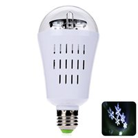 Wholesale New Design Stage Light Mini Led Bulb Light E27 W LED Auto Rotating Snowflake Bulb Party Light Projector Bar Bar Stage Lighting