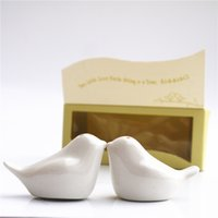 Wholesale hot sell box Love Birds Salt and Pepper Ceramic Shakers Wedding Favors party gift for guest