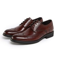 antique formal dresses - 2017 new Italian style leather men s shoes oxfords antique wedding dress shoes business formal coarse carved Oxford shoe