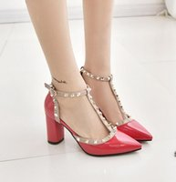 Plus Pompes Femmes Nouveau Rome 2017 Marque Sexy Rouge Talons hauts Studded Spike Pointed Toe High Heel Party Dress Shoes Femme