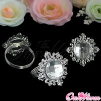 Wholesale Luxury Rhinestone Napkin Rings White Napkin Ring Serviette Holder for Wedding Party Dinner Table Decoration Accessories