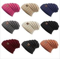 Unisex CC sombreros de moda Gorra de punto de invierno Beanie Label Fedora Gorra de lujo Slouchy sombreros Gorras de ocio de moda sombreros de esquí al aire libre Nuevo B2031