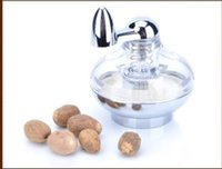 Wholesale Freeshipping Nutmeg Spice Grinder Manually Rotated Mill with Grinding Bottle Cooking Tools