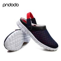 Venta al por mayor-hombres zapatos de verano sandalias 2016 nuevos zapatos de lona transpirable playa flip flops de mensajero iluminado zapatos de deslizamiento al aire libre en el tamaño más negro