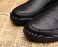 Precio de Designer brand name men shoes-Alta calidad y diseñador barato de moda cómoda de moda de corte de oro zapatos de cuero para los hombres de nuevo diseño de corte de cuero de alta