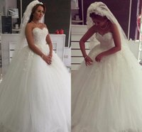 Robe de mariée sur mesure Avis-Robe de mariée en satin de mariée en satin de mariée