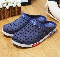 Tamaño grande 36-46 sandalias de los zapatos del verano de los hombres Nuevos flip-flops respirables de la playa resbalón en los deslizadores del Mens Zapatos unisex encendidos acoplamiento