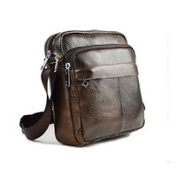 Wholesale Genuine Leather Men Shoulder Bags New Fashion Hot Handbag Men Purse Crossbody Messenger Bag Travel Bolsa Brown Men s Satchels