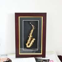 Wholesale Fashion Hand mad Mini Gold Saxophone Model Display Case Wall Frame Adornment Metal Saxophone Model
