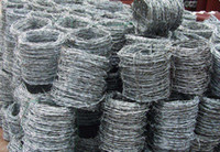 Wholesale 16 Galvanized Barbed Wire Standard Long Span Life Steel Wire Reverse Twist Barbed Wire for Protect Fencing and Industrial Use