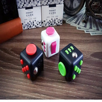 Wholesale Desk Toy Fidget Cube Relieves Anxiety and Stress Juguete Squeeze Fun Fidget Cube Desk Spin Toys LC443