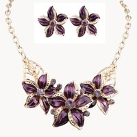 Wholesale Newest jewelry sets Fashion jewelry With Crystals Flowers Diamante Oil Drip necklace earrings jewelry set Easy matching