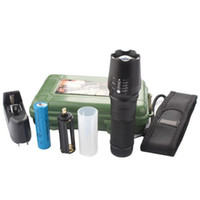 Wholesale G700 E17 CREE XML T6 lm High Power LED Torches Zoomable Tactical LED Flashlights torch with battery charger Luxury box